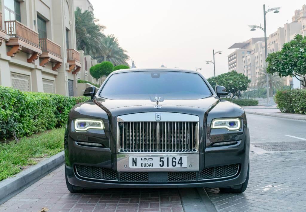 chauffeur limousine dubai
